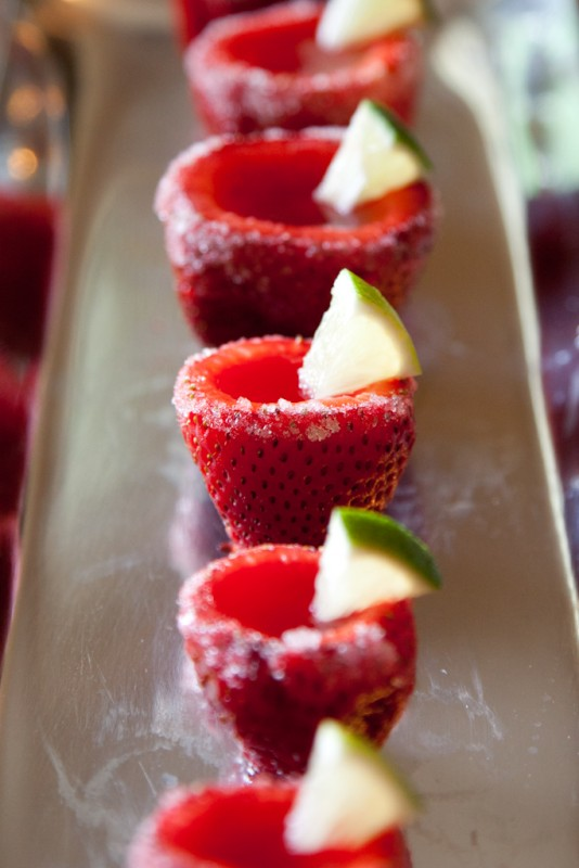 strawberry-margarita-jello-shots-15-1367824996